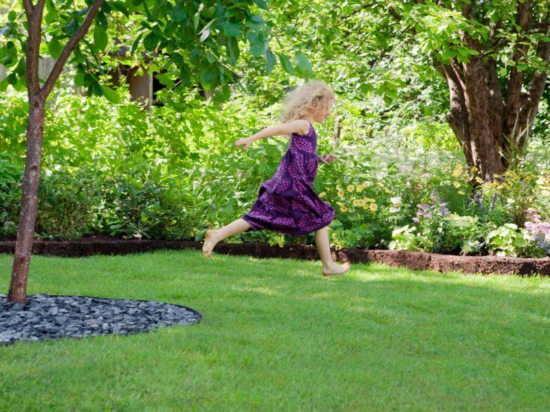 BVB Landscaping openbaar groen substraten meisje