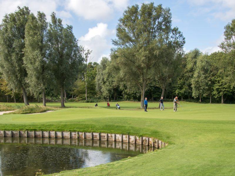 BVB Landscaping Brielle Golfbaan Kleiburg sportveld aanleg onderhoud substraat dressgrond dresszand bunkerzand